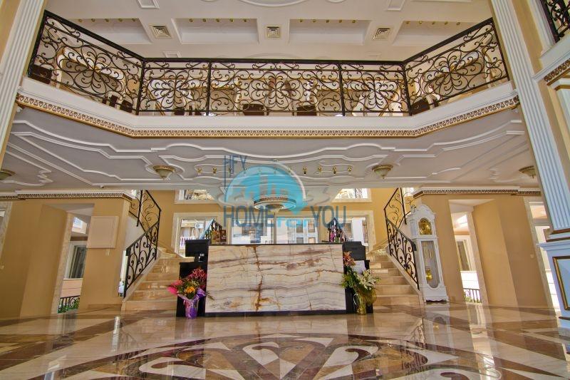 Трехкомнатная квартира в элитном комплексе на Солнечном берегу 7