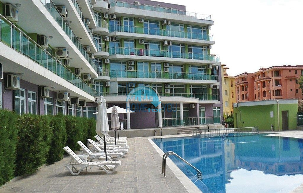 Уникальная цена - Трехкомнатная квартира в центре курорта Солнечный Берег