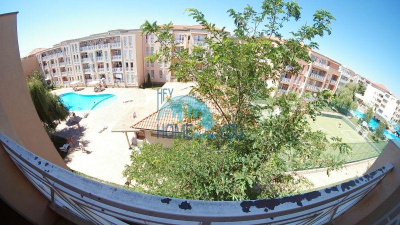 Уютная двухкомнатная квартира по доступной цене на курорте Солнечный берег 9