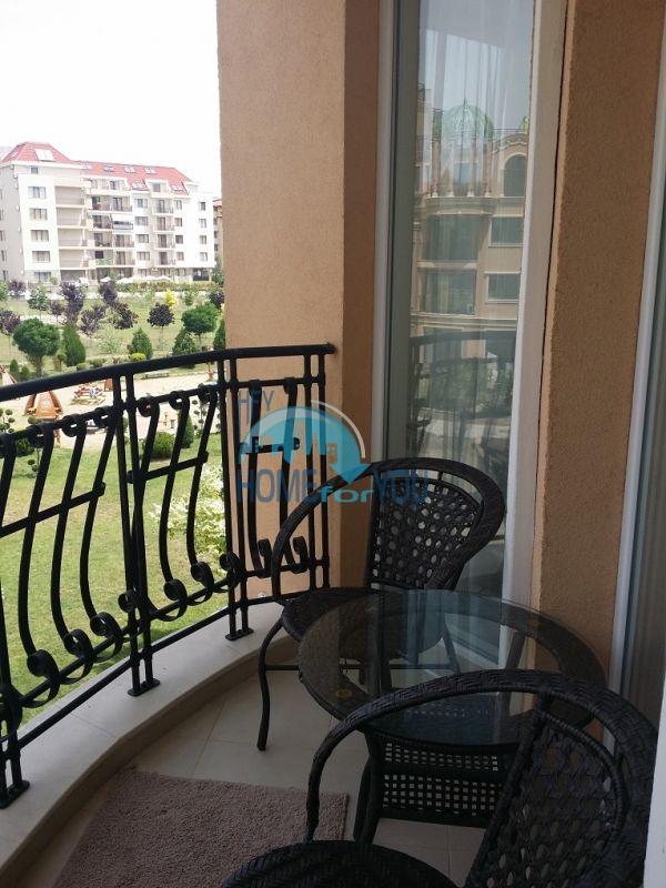 Уютная двухкомнатная квартира в элитном комплексе в центре курорта 14