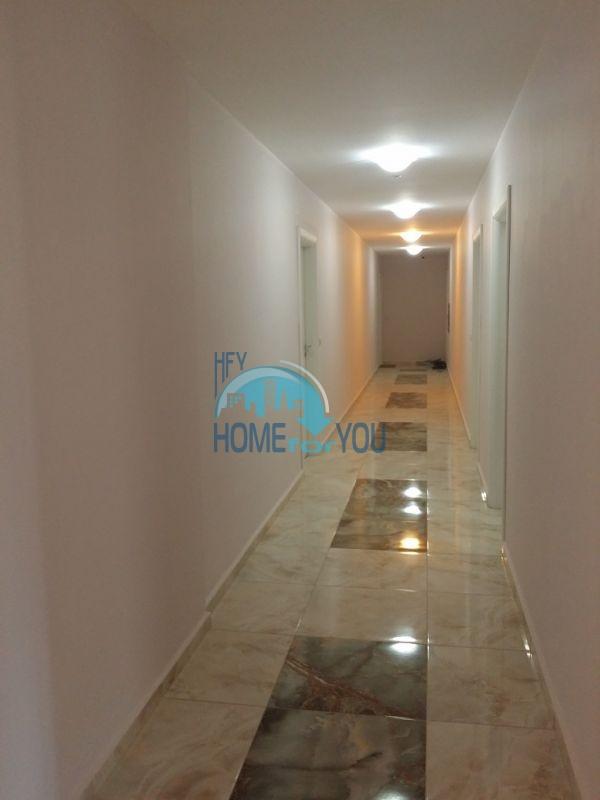 Уютная двухкомнатная квартира в элитном комплексе в центре курорта 17