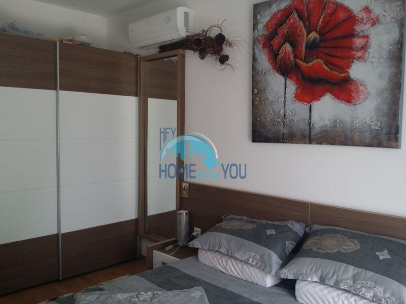 Уютная двухкомнатная квартира в элитном комплексе в центре курорта 10