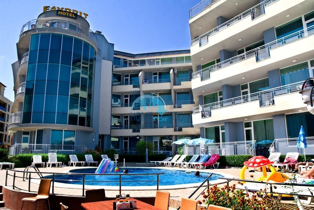 Уютная, меблированная двухкомнатная квартира в комплексе Фаворит, Солнечный берег