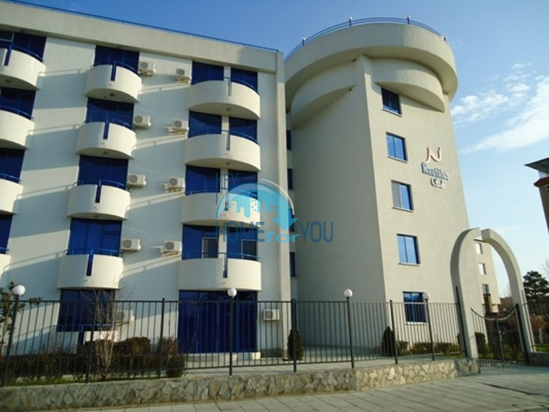 Уютная, небольшая двухкомнатная квартира по выгодной цене на Солнечном берегу