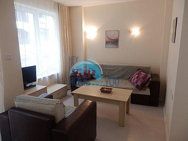 Вторичная трехкомнатная меблированная квартира на Солнечном берегу
