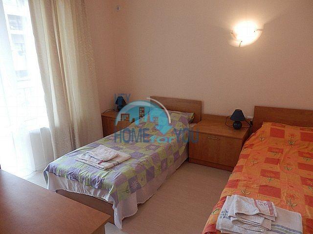Вторичная трехкомнатная меблированная квартира на Солнечном берегу 5