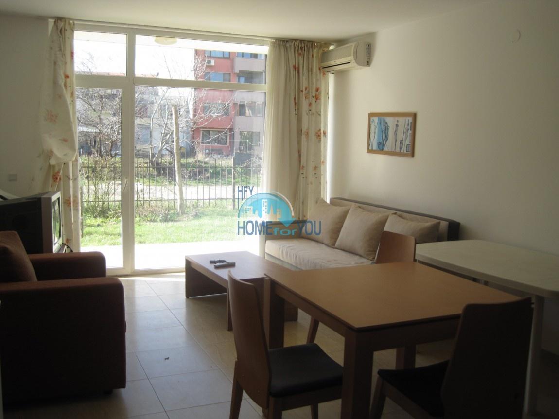 Выгодно - хорошая двухкомнатная квартира в центре курорта Солнечный берег