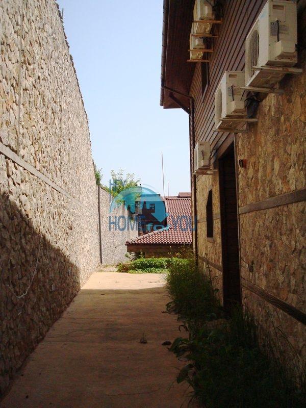 Двухэтажный меблированный дом у моря в городе Созополь 12