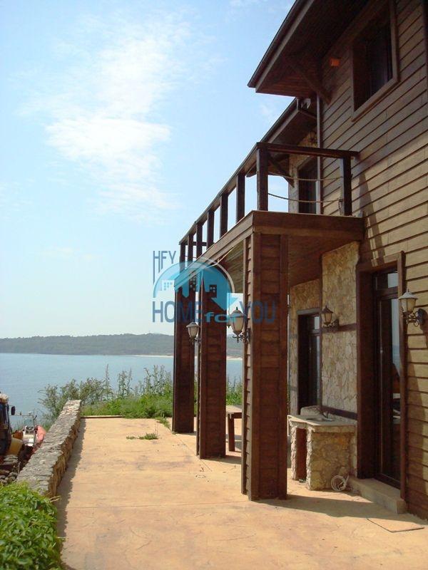 Двухэтажный меблированный дом у моря в городе Созополь 13