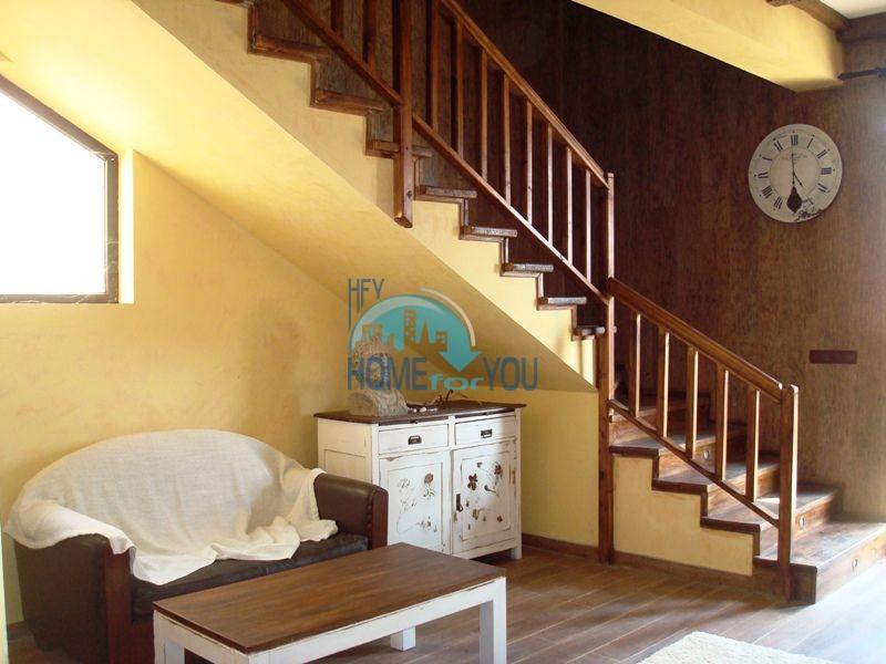 Двухэтажный меблированный дом у моря в городе Созополь 18