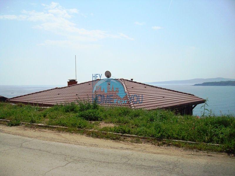 Двухэтажный меблированный дом у моря в городе Созополь 2