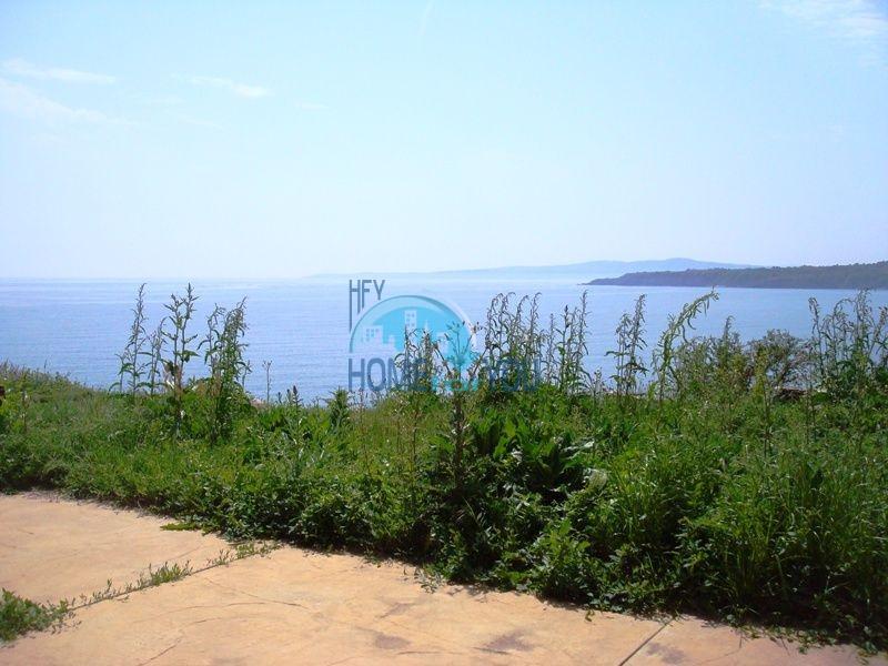 Двухэтажный меблированный дом у моря в городе Созополь 28