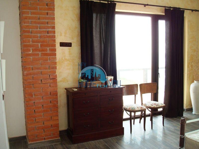 Двухэтажный меблированный дом у моря в городе Созополь 43
