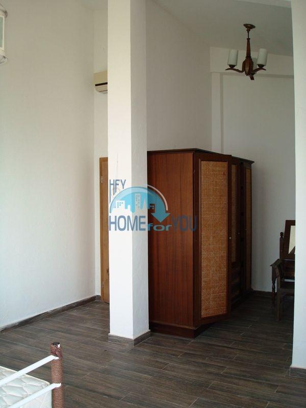 Двухэтажный меблированный дом у моря в городе Созополь 44