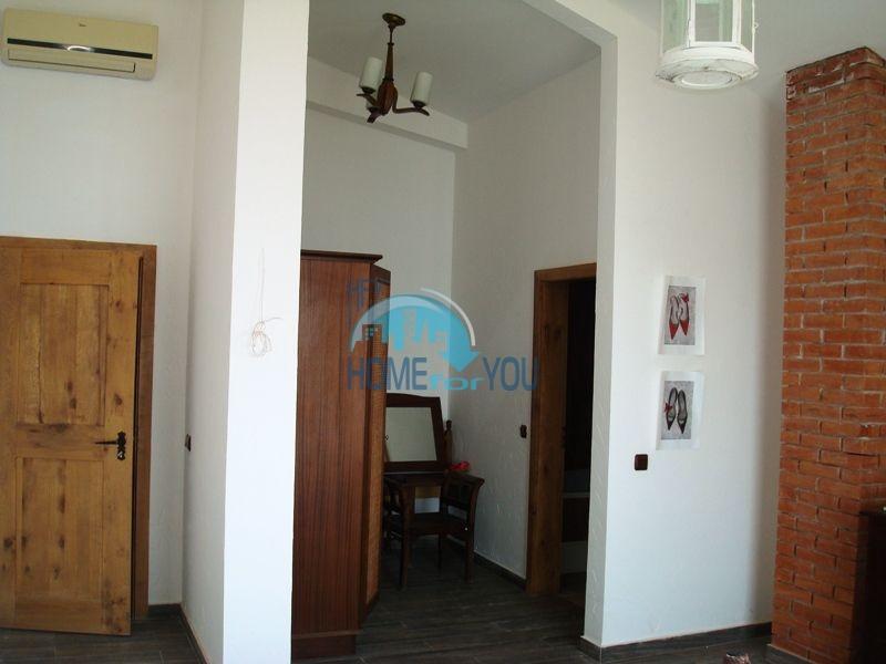 Двухэтажный меблированный дом у моря в городе Созополь 45