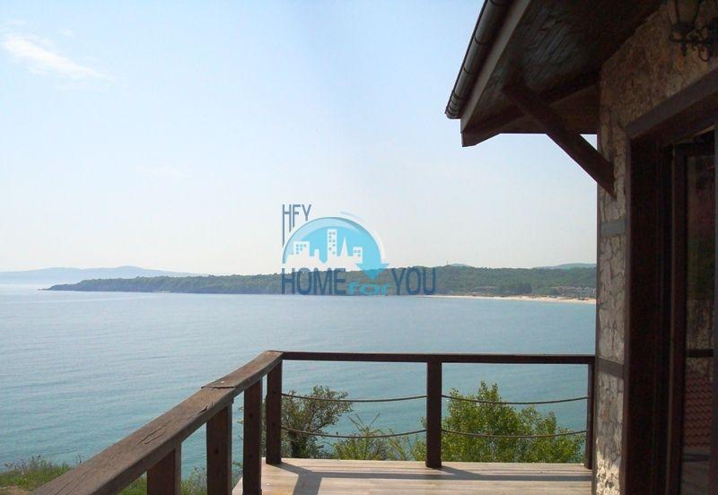 Двухэтажный меблированный дом у моря в городе Созополь 47