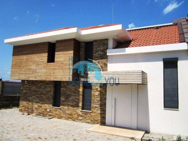 Элитный новый двухэтажный дом у моря в городе Созополь 4