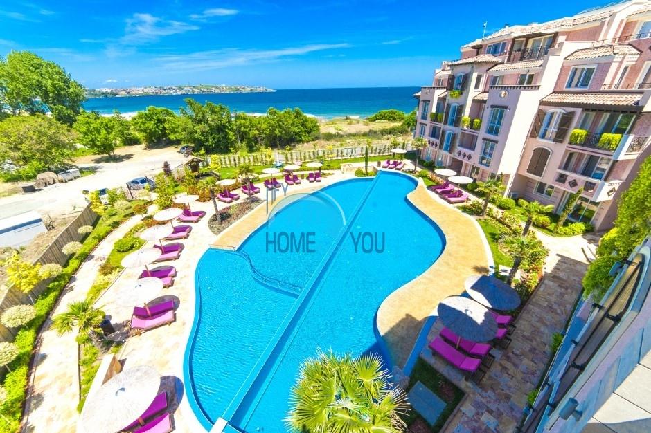 Ексклюзивні апартаменти на березі моря в Созополі - житловий комплекс