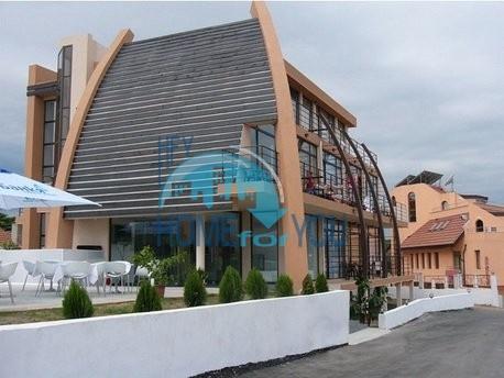 Отель на продажу в 200 метрах от берега моря в городе Созополь