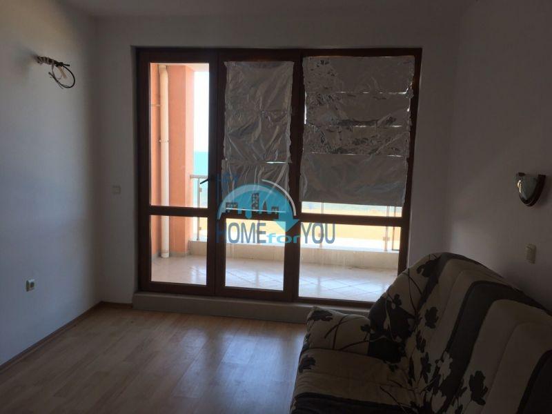 Трехкомнатная квартира на первой линии Созополя 9