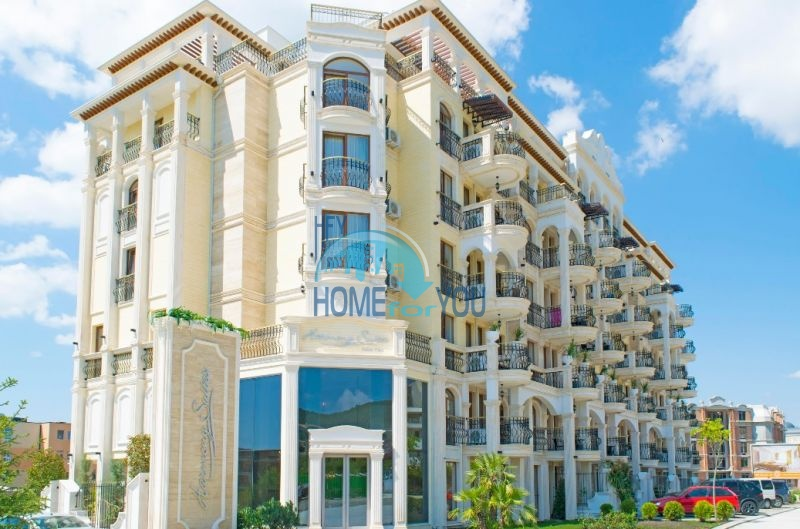 Harmony Suites 10 - квартиры на берегу моря в Святом Власе
