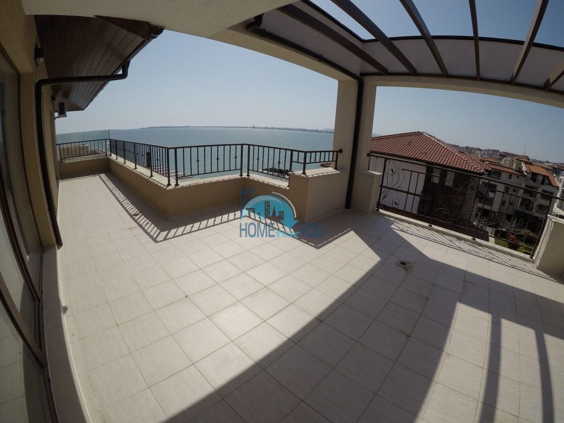 Большая трехкомнатная квартира на первой линии моря, с прекрасным видом на море, Святой Влас