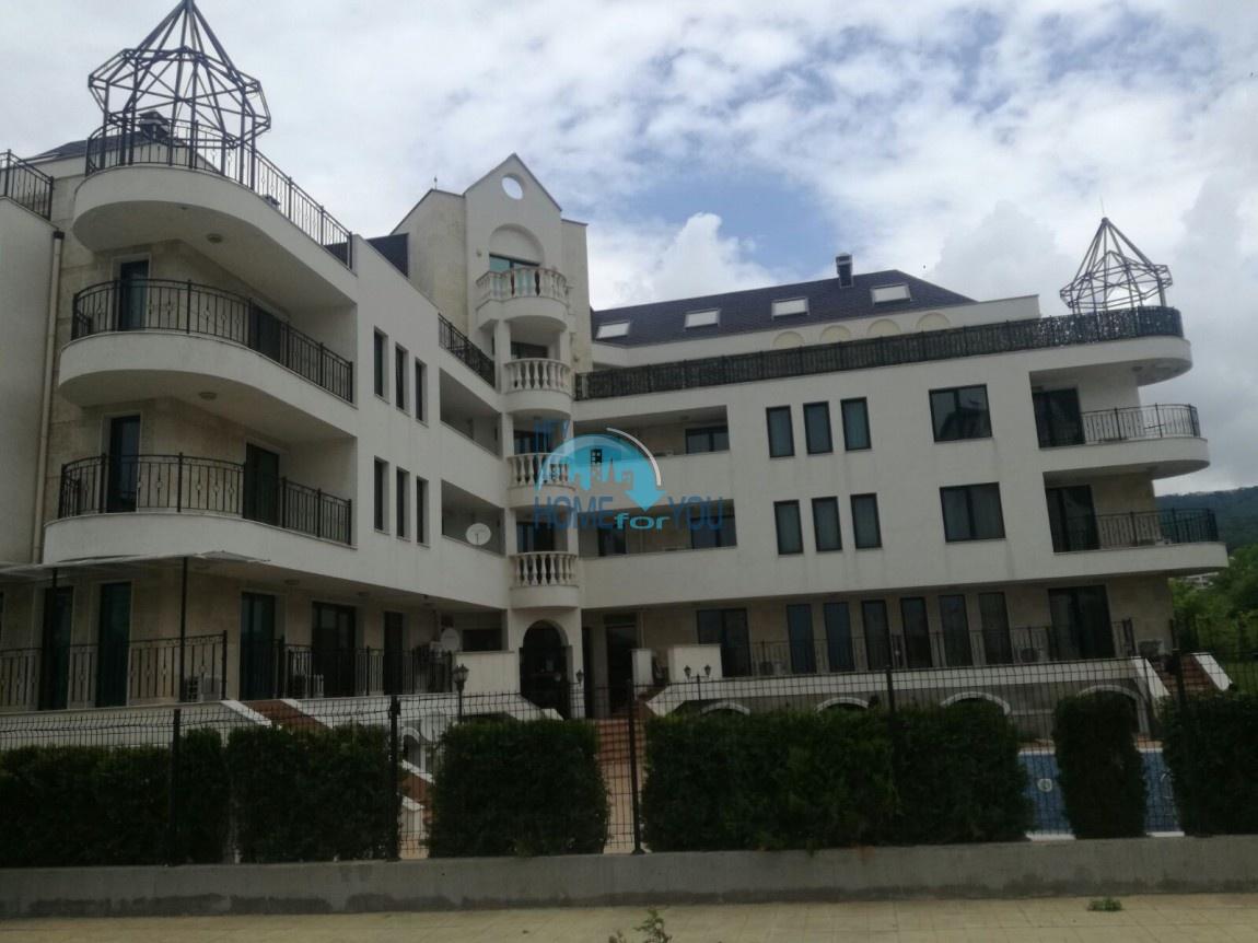 Дешевая двухкомнатная квартира на Святом Власе