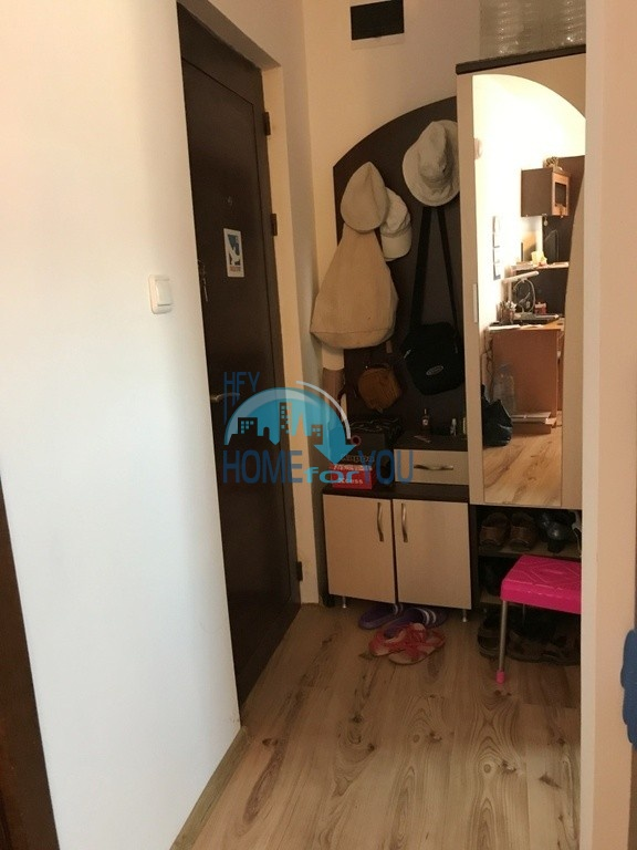Недорогая двухкомнатная квартира  на курорте Святой Влас 5