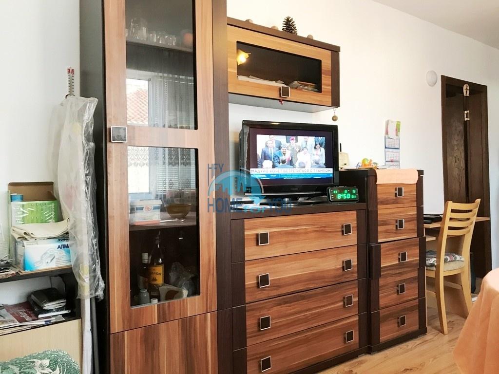 Недорогая двухкомнатная квартира  на курорте Святой Влас 3