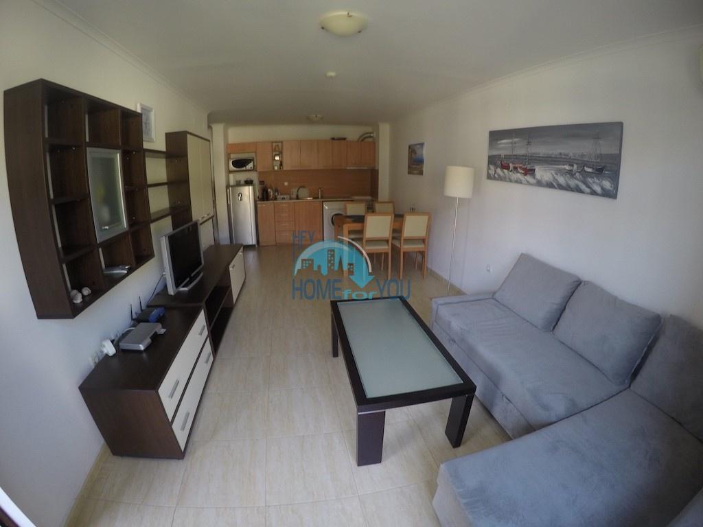 Двухкомнатная квартира в Святом Власе рядом с морем - Арена