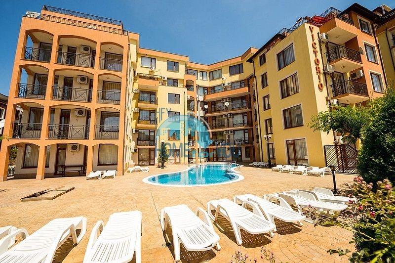 Двухкомнатная меблированная квартира в городе-курорте Святой Влас