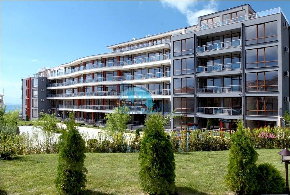 Просторные апартаменты с видом на море и горы в комплексе на первой береговой линии Святого Власа 11