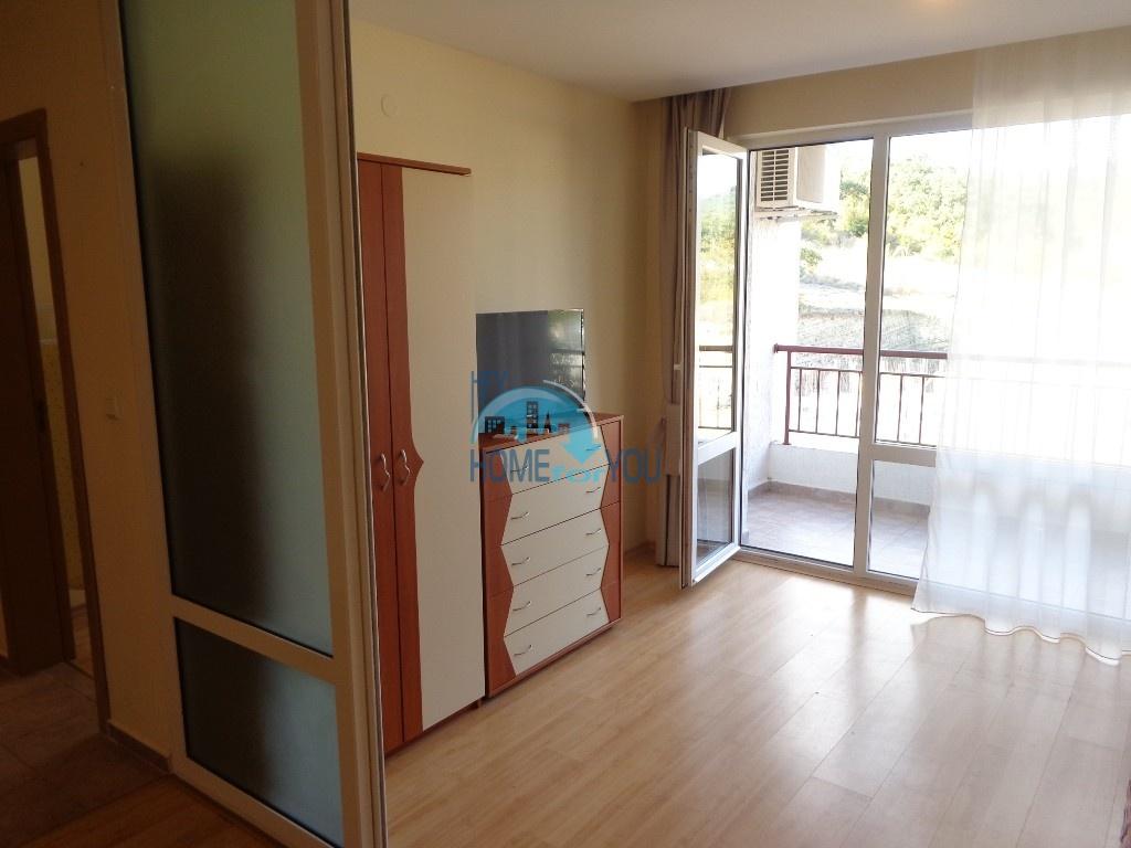 Приятная и светлая трехкомнатная квартира в комфортабельном комплексе «Green Fort», привлекательный Святой Влас 9