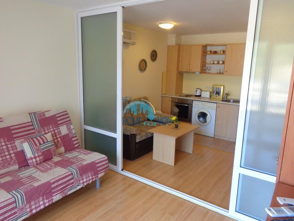 Приятная и светлая трехкомнатная квартира в комфортабельном комплексе «Green Fort», привлекательный Святой Влас 14