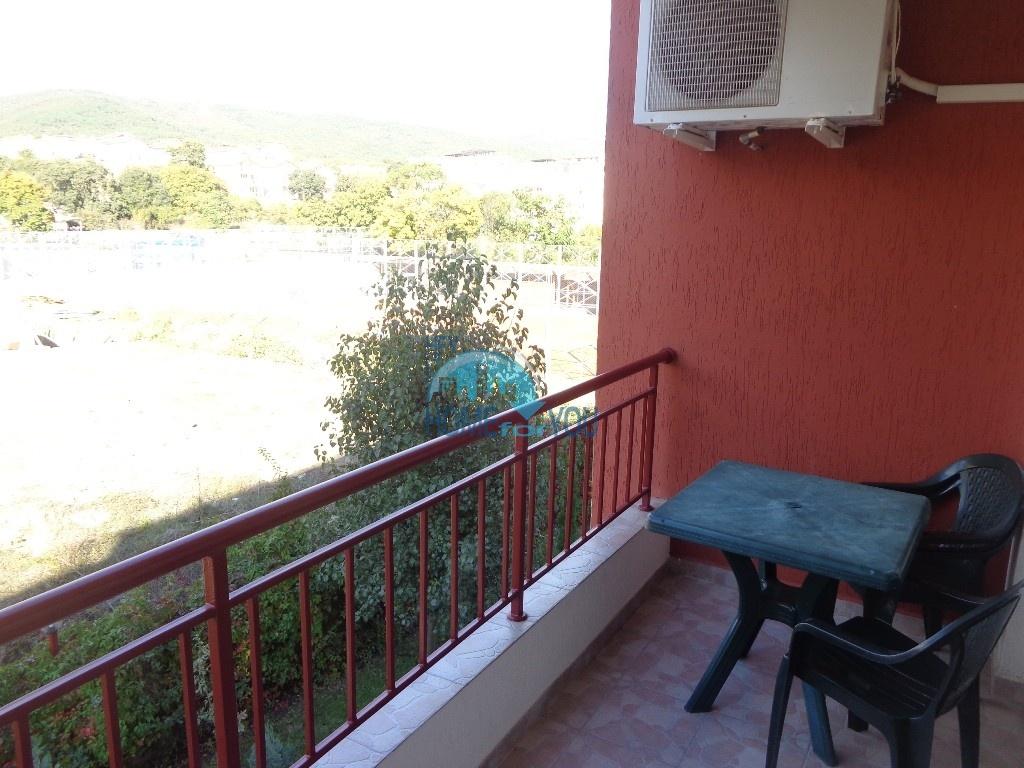 Приятная и светлая трехкомнатная квартира в комфортабельном комплексе «Green Fort», привлекательный Святой Влас 16