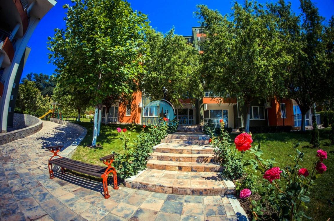 Приятная и светлая трехкомнатная квартира в комфортабельном комплексе «Green Fort», привлекательный Святой Влас 30
