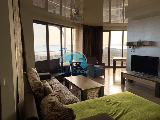 Люкс. Шикарная трехкомнатная квартира с видом на море на Святом Власе