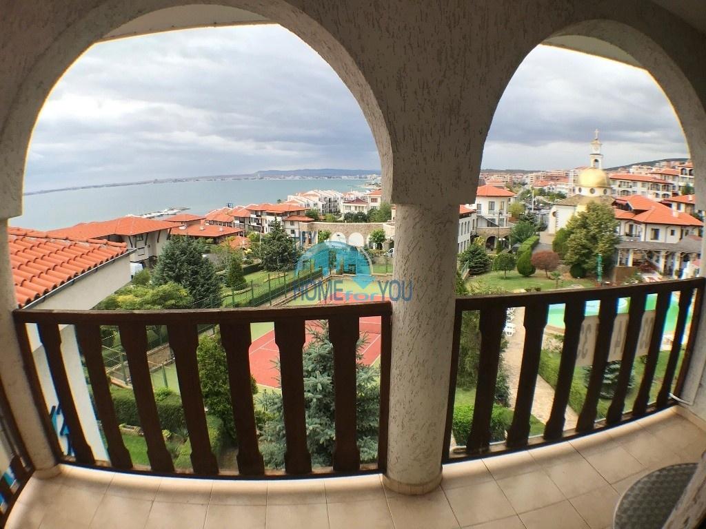 Меблированная двухкомнатная квартира с панорамным видом на море на Святом Власе