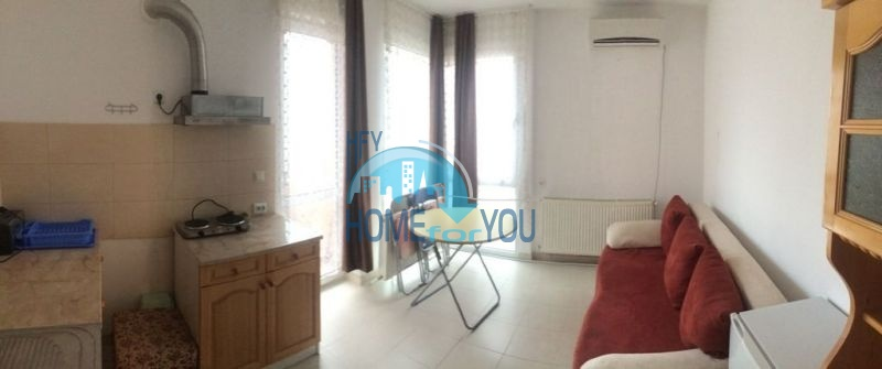 Недорогая квартира для ПМЖ в жилом районе Русалка Святой Влас 4