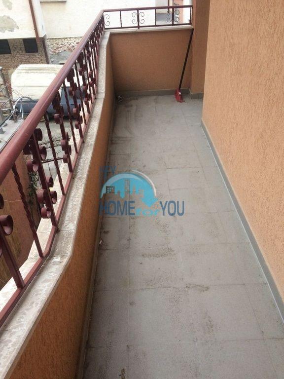 Недорогая квартира для ПМЖ в жилом районе Русалка Святой Влас 10