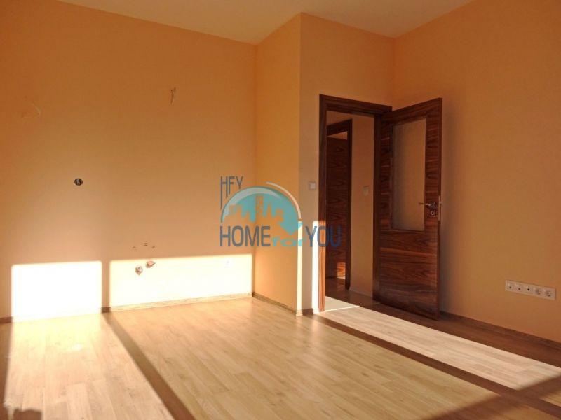 Новая качественная двухкомнатная квартира в Святом Власе 12