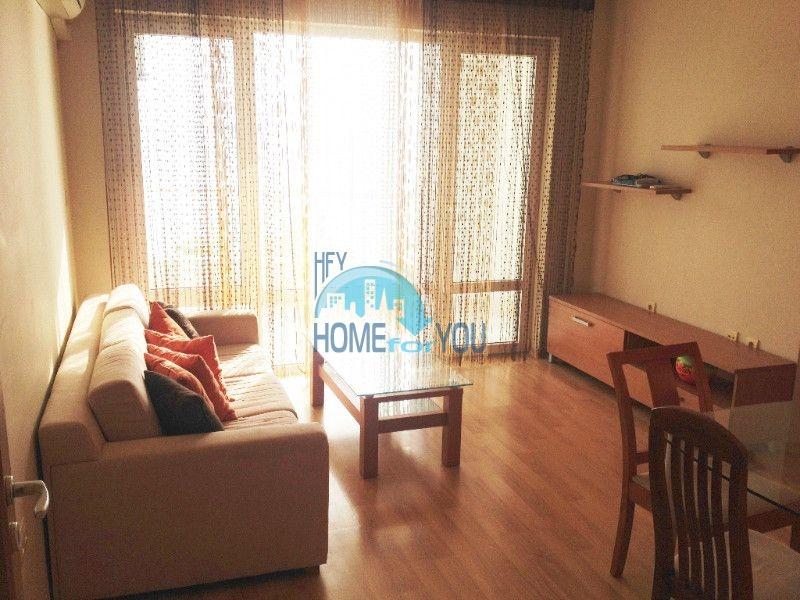 Первая линия - двухкомнатная квартира с панорамным видом на море в Святом Власе