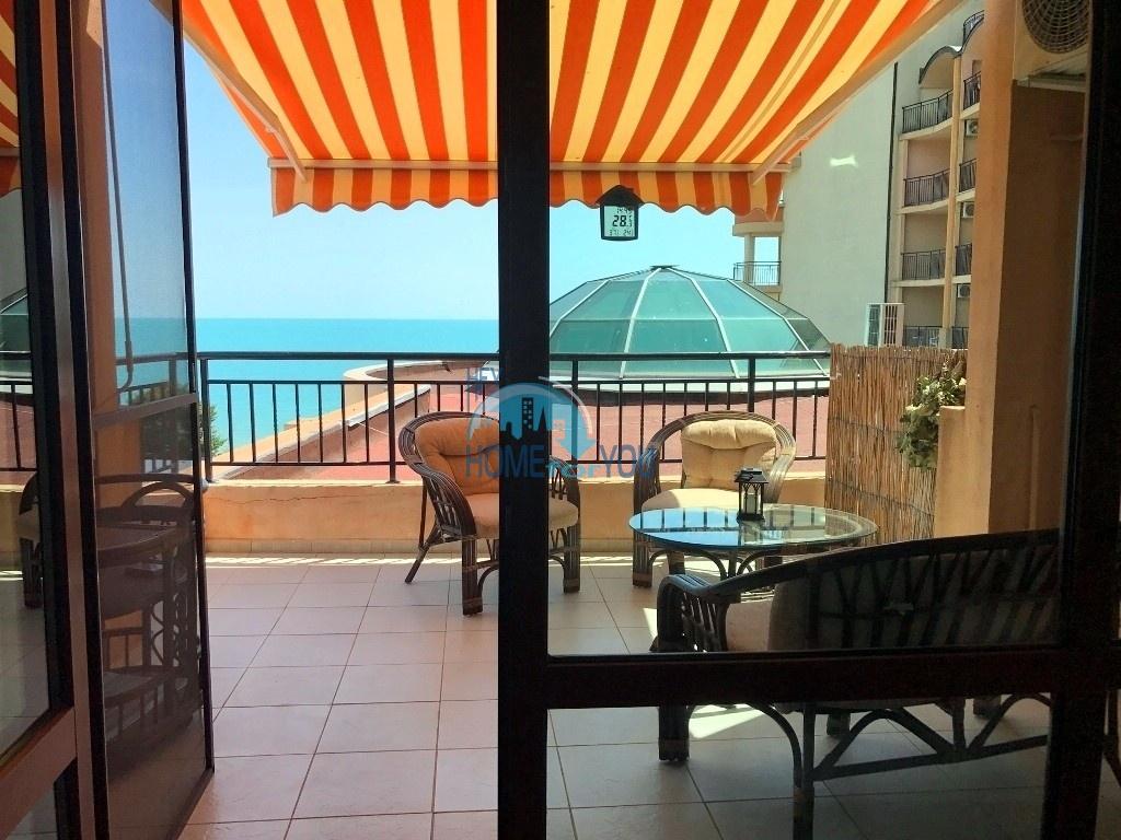 Роскошный трехкомнатный апартамент на первой линии в элитном комплексе Grant Hotel St.Vlas, курорт Святой Влас