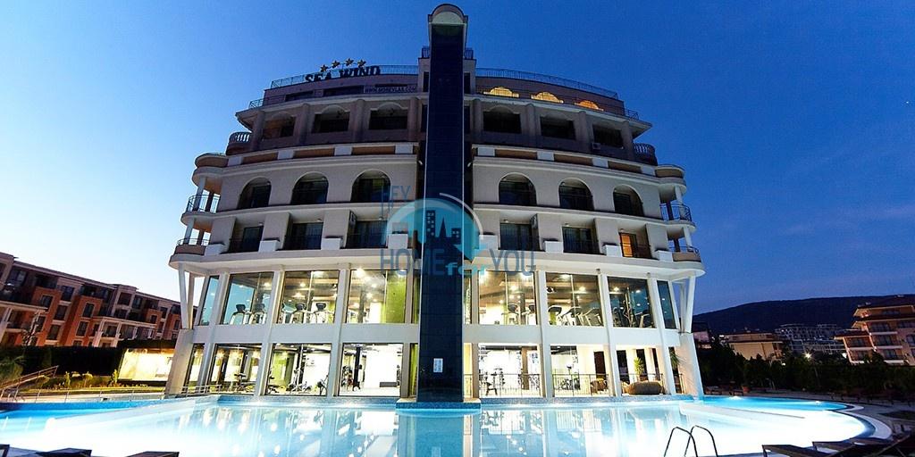 Шикарная полностью меблированная квартира с панорамным видом на море в комплексе Гранд Отель, Святой Влас