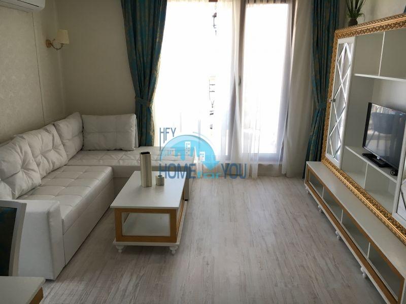 Трехкомнатная квартира с видом на море  в шикарном комплексе - Святой Влас 10