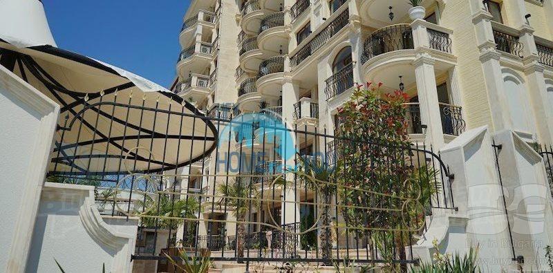 Трехкомнатная квартира с видом на море  в шикарном комплексе - Святой Влас 20
