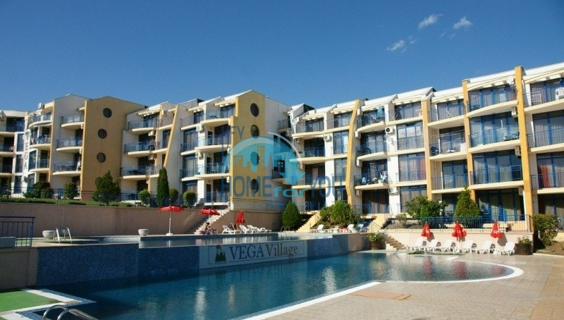 Трехкомнатная квартира с видом на море в Святом Власе