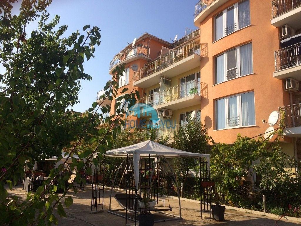 Двухкомнатная квартира с видом на море на курорте Святой Влас