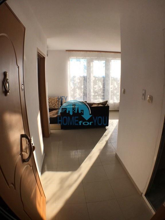 Двухкомнатная квартира с видом на море на курорте Святой Влас 3