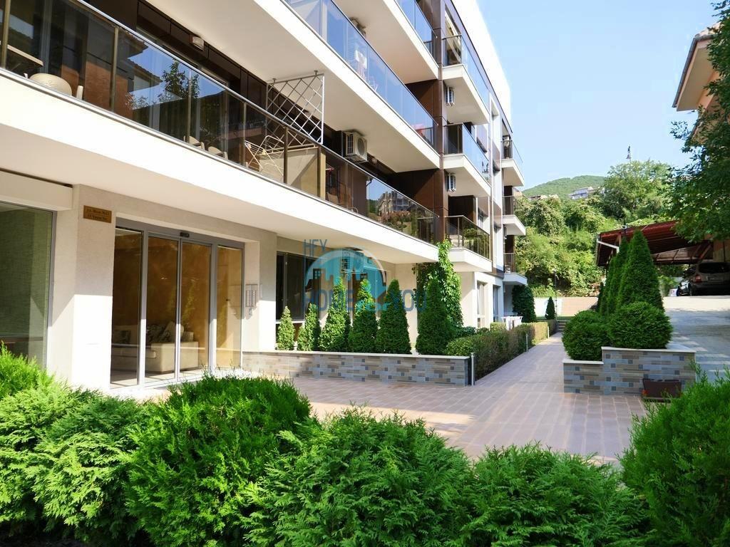 Вилла Аристо - уютные квартиры у подножья горы в Святом Власе. Техника и мебель в подарок! 8